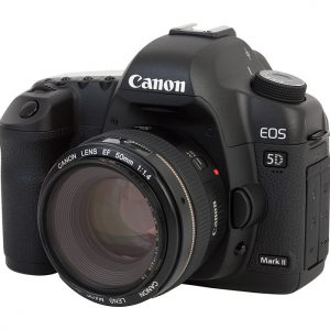 Canon EOS 5D Mark II + 50mm 1.8 lens